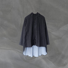 Load image into Gallery viewer, Pleated Lite Parka Polka Black Medium