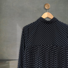 Load image into Gallery viewer, Bylla Tunic Pleats Small Polka Black