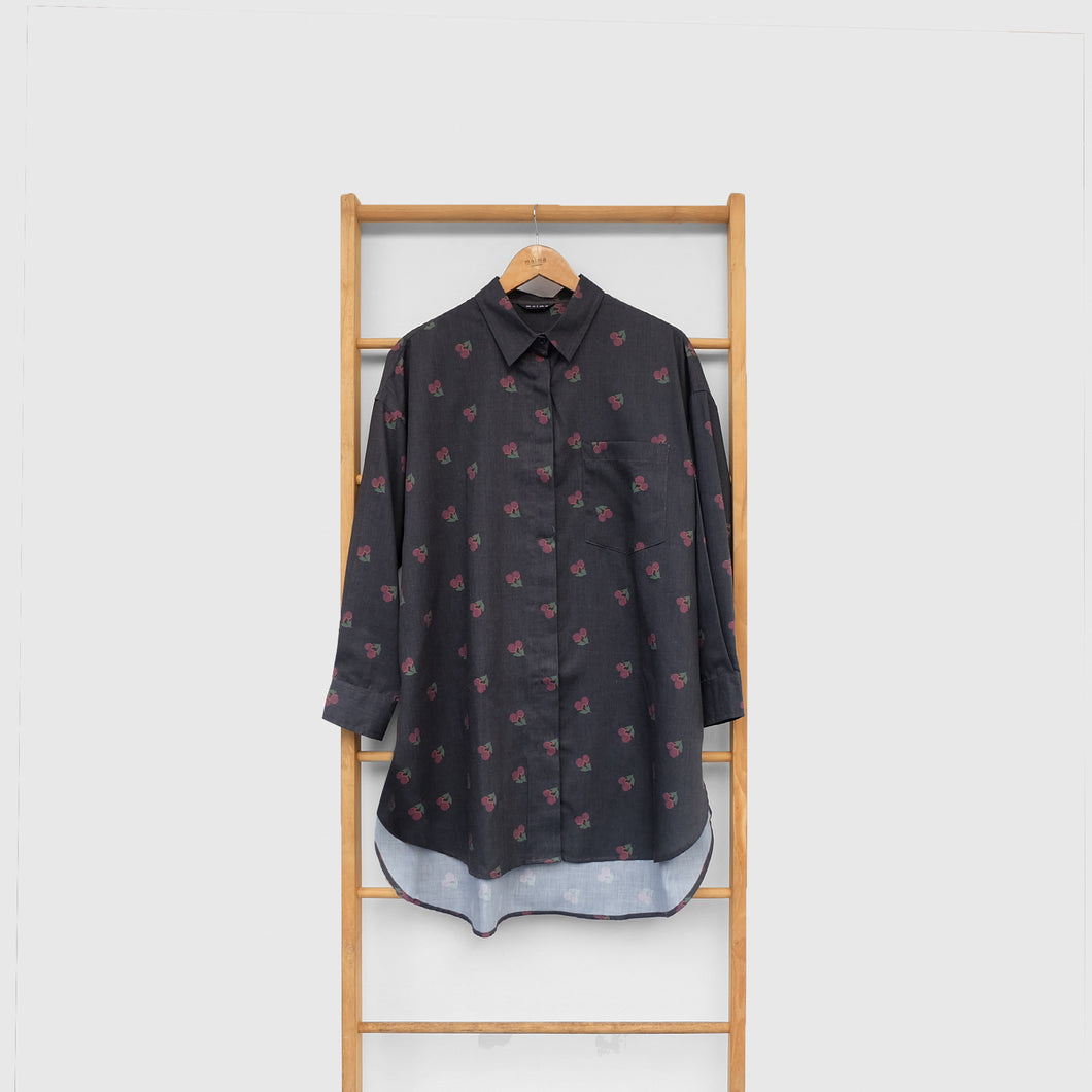 Nome Top Printed (oversize top) Fruit & Floret -cherry- Black Cherry