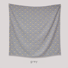 Load image into Gallery viewer, Maima Scarf Freshness Series Fruit & Floret -Ananas- Grey