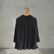 Load image into Gallery viewer, Hena Top Small Polka (Pleats) Black