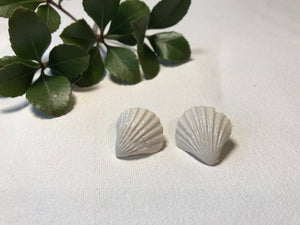 Beachcomber Scallop Earrings