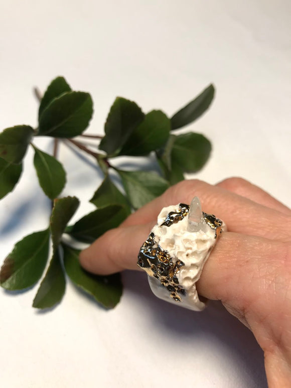 Porcelain, 22 Karat Gold Lustre, quartz ring size 14
