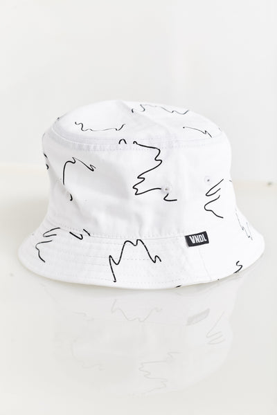 CREEPY WAVE BUCKET HAT