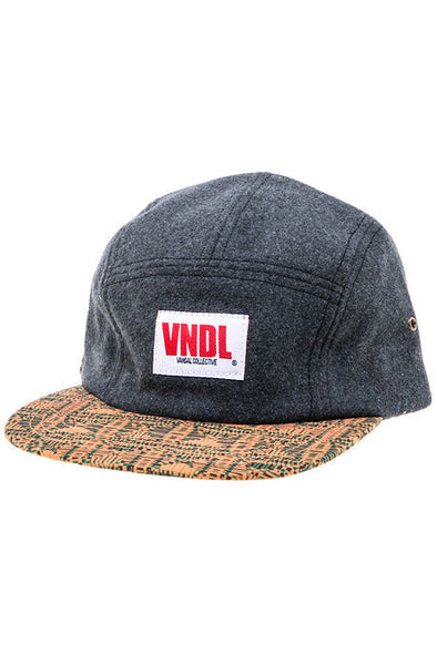 KNITTED DIAMONDS WOOL ROOSEVELT VOLLEY