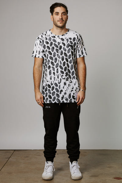 SPECULATIVE FINDINGS KENSINGTON TEE