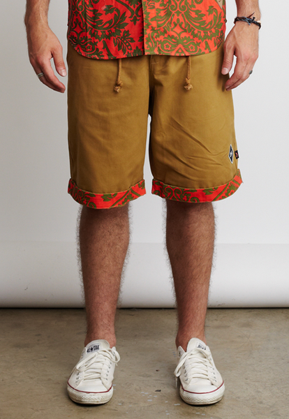 TWISTED DROP SHORTS