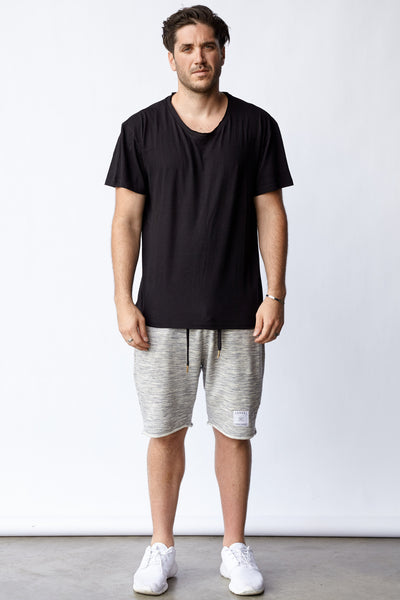 ESSENTIALS® KENSINGTON TEE - BLK