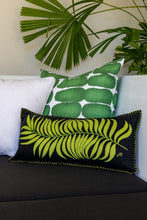 Load image into Gallery viewer, Printed Graphic Linen Accent Pillows (Pair)
