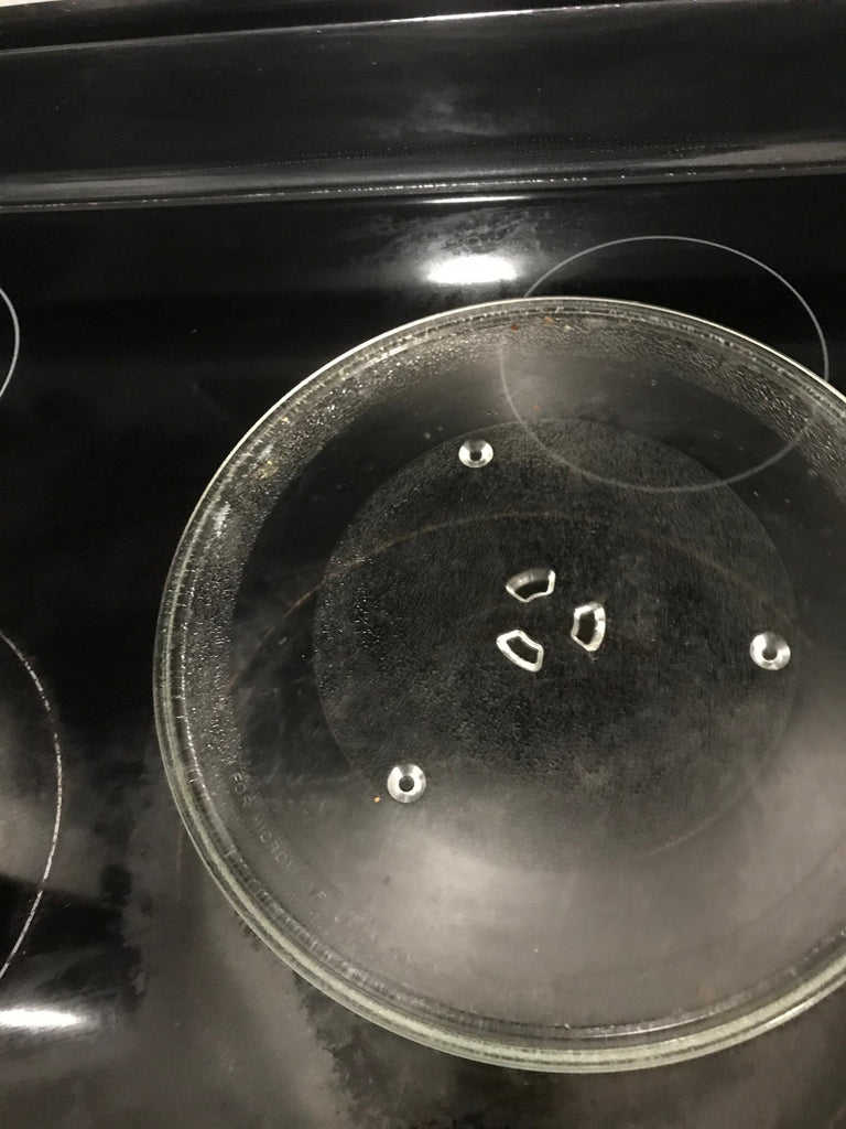 The look of the microwave tray after it was cleaned.