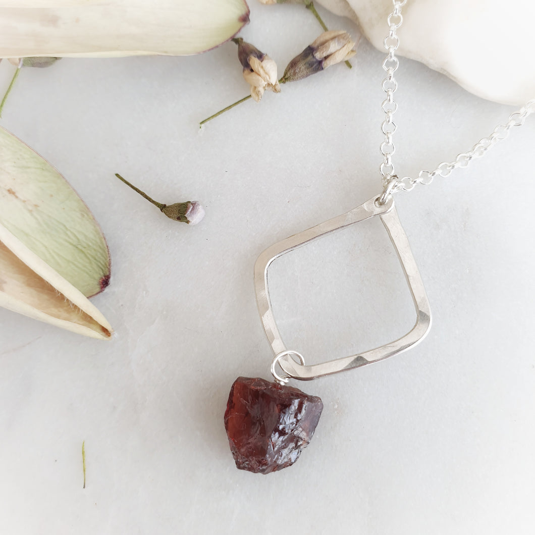 Hammered Geometric Necklace | Raw Garnet | Sterling Silver