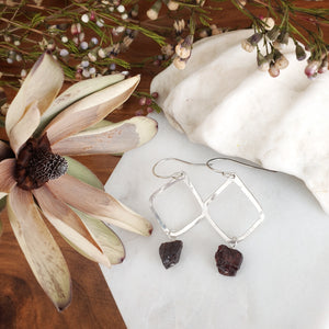 Hammered Geometric Earrings | Raw Garnet | Sterling Silver