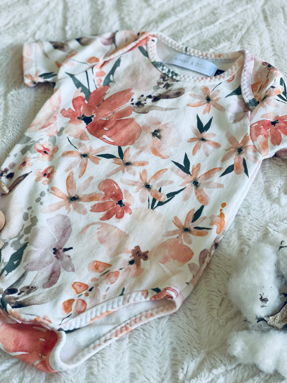 Organic Cotton Short Sleeve Bodysuit - Peach Floral