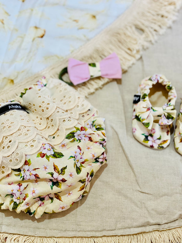 Baby Frill Set - Cream Floral