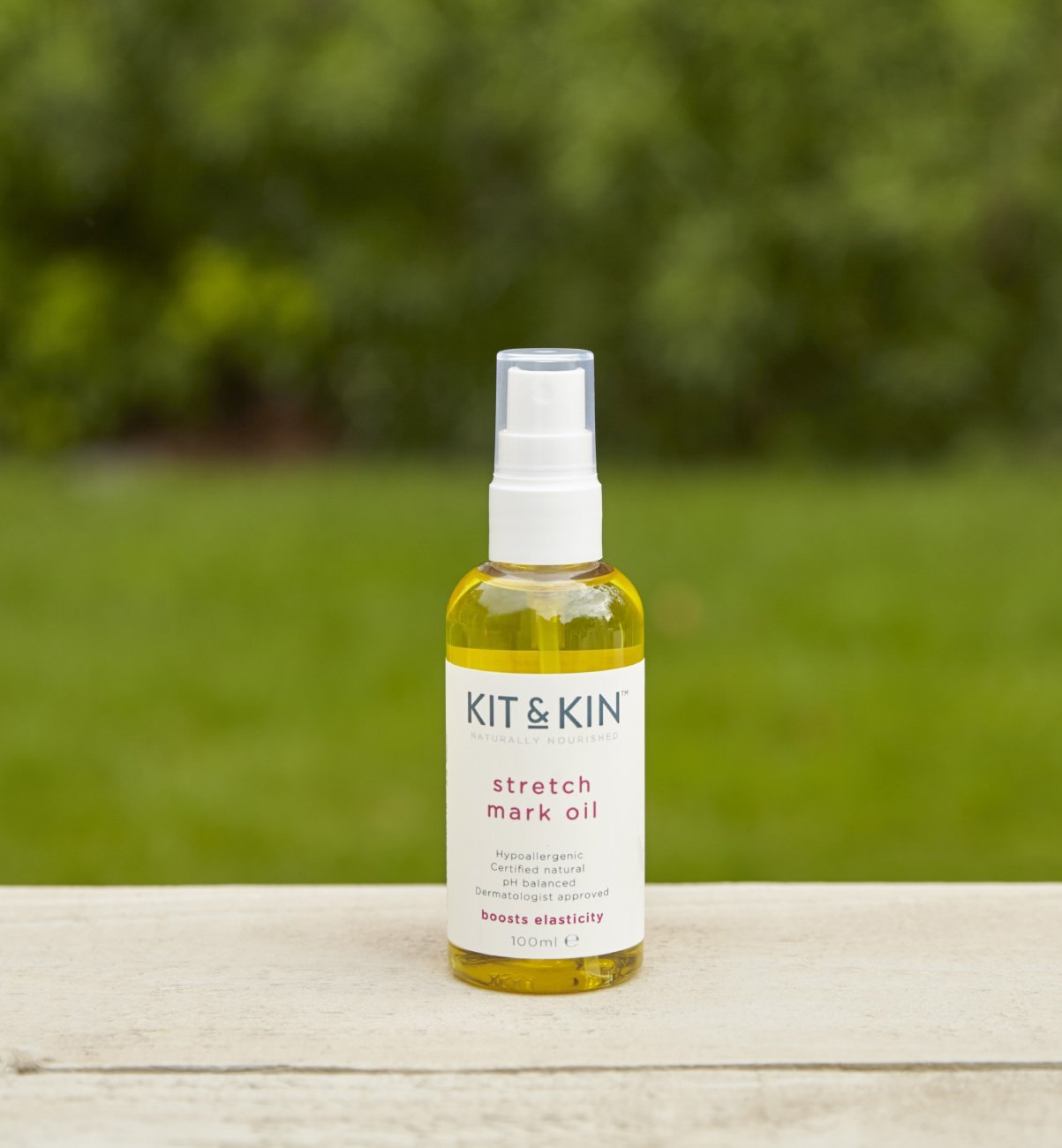 Naturally nourishing stretch mark oil