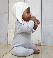 Chunky knit white hat 6 to 12 months