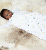 Reversible print white sleeping bag