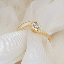 Load image into Gallery viewer, Sabine Engagement Ring