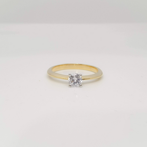 Luvy Engagement Ring