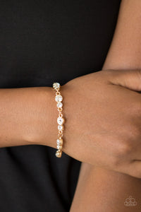 Paparazzi Accessories Twinkle Twinkle Little STARLET - Gold Bracelet - Mel's Pretty It Up Boutique