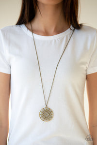 Paparazzi Accessories Mandala Melody - Brass Necklace - Mel's Pretty It Up Boutique