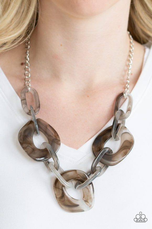 Paparazzi Accessories Courageously Chromatic - Silver Necklace - Mel's Pretty It Up Boutique