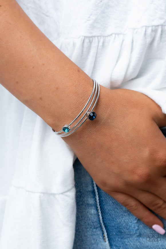 Paparazzi Accessories How Do You Like This FEATHER? - Gold Bracelet