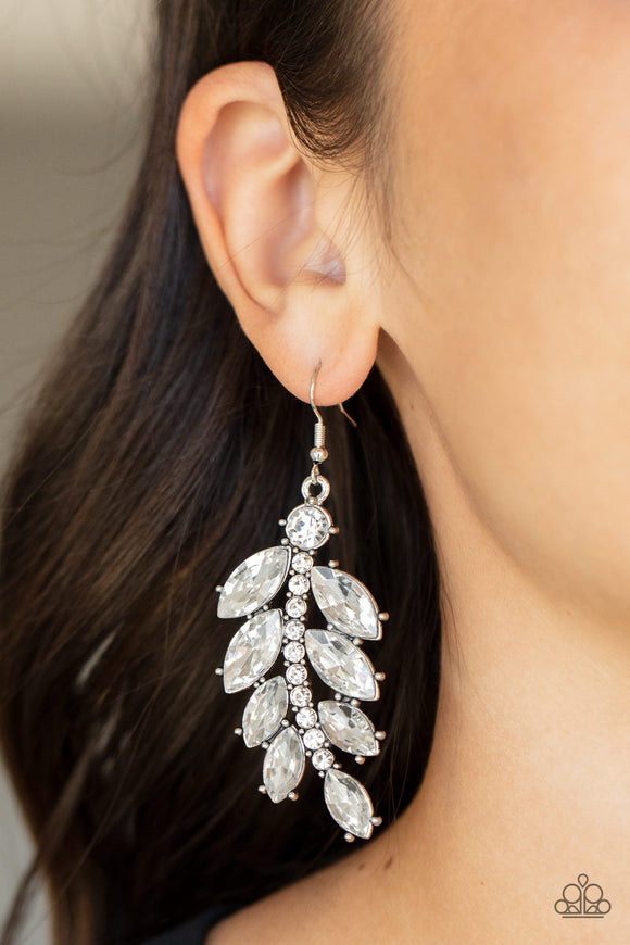 Paparazzi Accessories 7 Days a SLEEK - Silver Earring - Mel's Pretty It Up Boutique