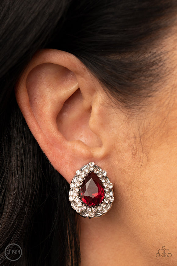 Paparazzi Accessories Totally On Trend - Silver Earring - Mel's Pretty It Up Boutique
