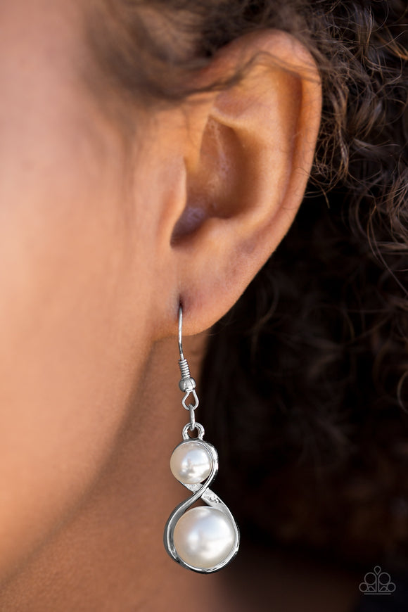 Paparazzi Accessories Set The Stage - White Earring