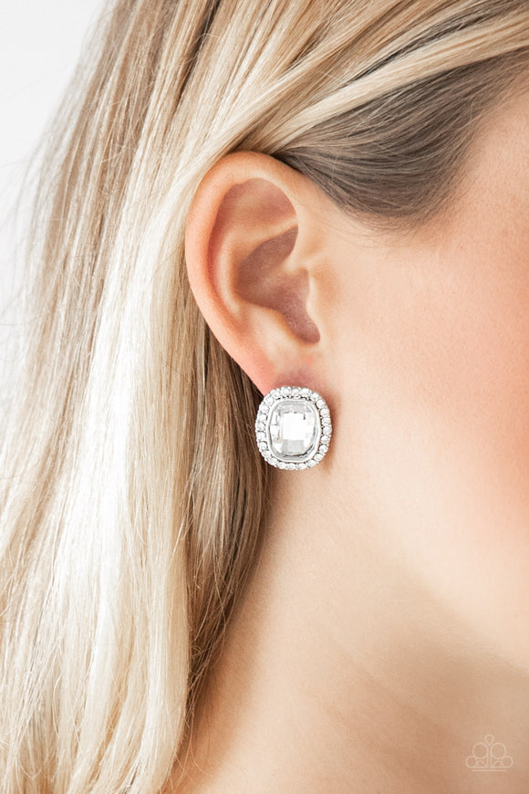 Paparazzi Accessories The Modern Monroe - White Earrings