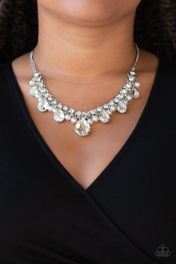 Paparazzi Accessories Knockout Queen - White Necklace - Mel's Pretty It Up Boutique