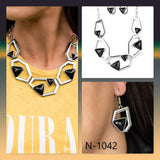 Paparazzi Accessories Geo-ing, Geo-ing, Gone! - Silver Necklace - Mel's Pretty It Up Boutique