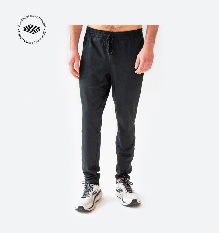 Man wearing the Sunn pant product