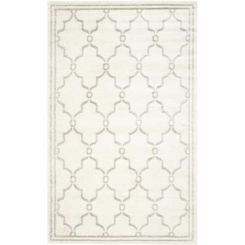 8' x 10' Indoor/Outdoor Area Rug in Ivory and Light Gray
