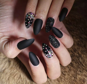 Black Beauty Set