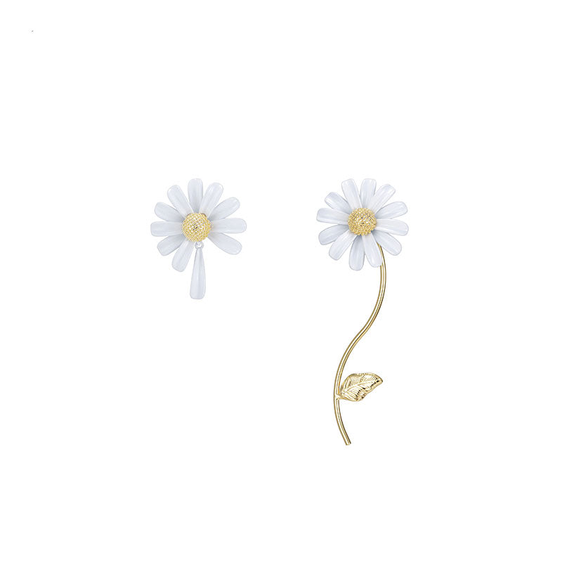 White Asymmetric Daisy Earrings