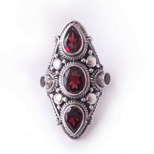 Size 8 Garnet 925 Solid Sterling Silver Ring