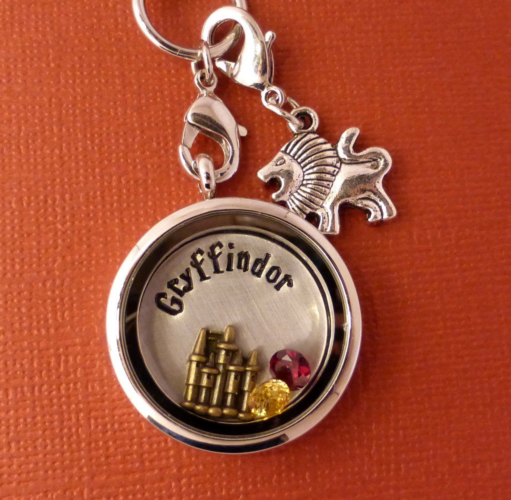 Harry Potter Inspired - Gryffindor - A Floating Locket / Memory Locket / Living Locket