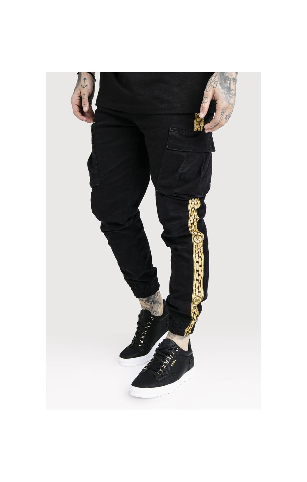 Load image into Gallery viewer, SikSilk x Dani Alves Cargo Pants - Black