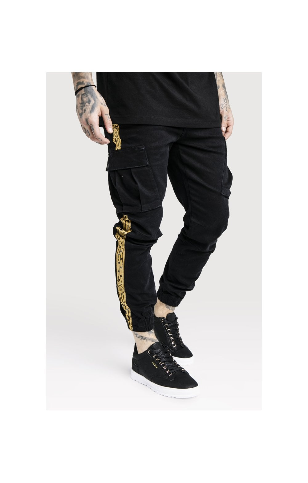 Load image into Gallery viewer, SikSilk x Dani Alves Cargo Pants - Black (1)