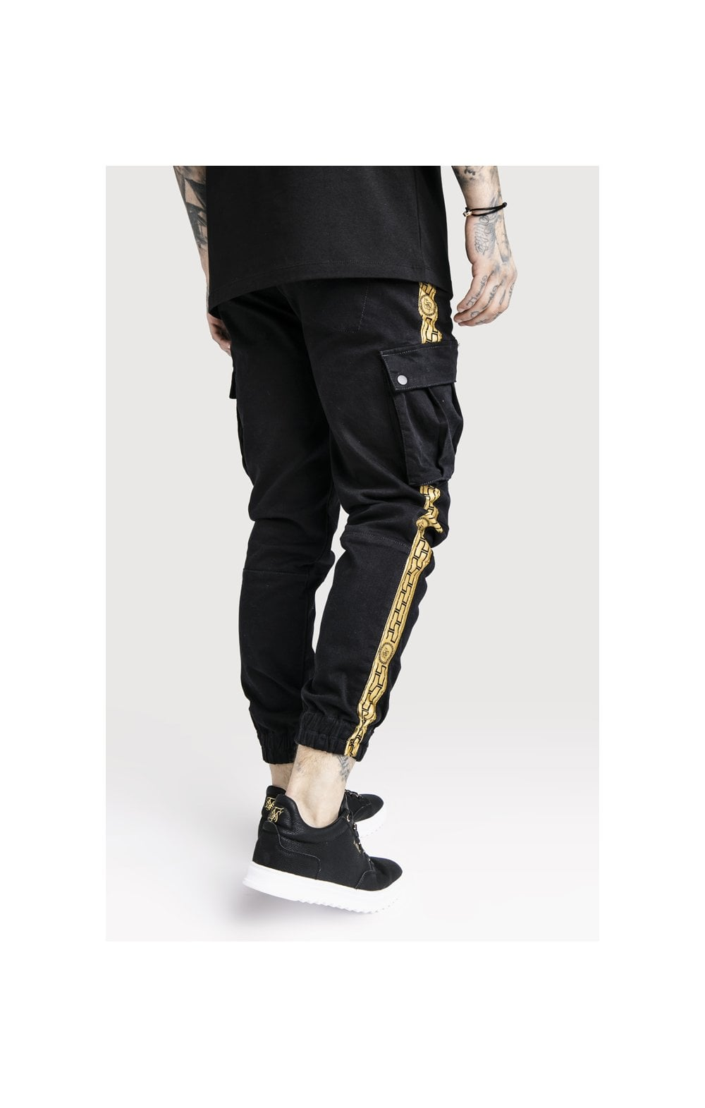 Load image into Gallery viewer, SikSilk x Dani Alves Cargo Pants - Black (3)