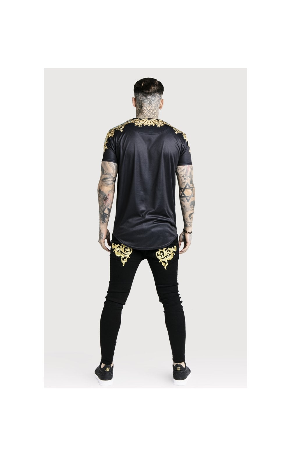 SikSilk x Dani Alves Lord Curved Hem Tee - Black (6)