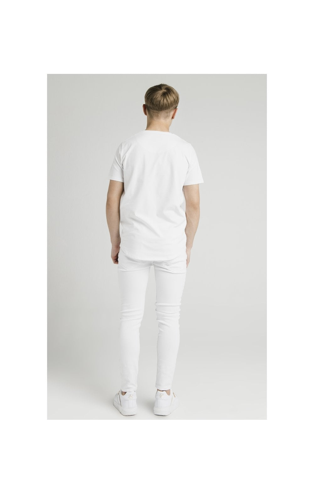 Load image into Gallery viewer, Illusive London Curved Hem Tee - White (7)