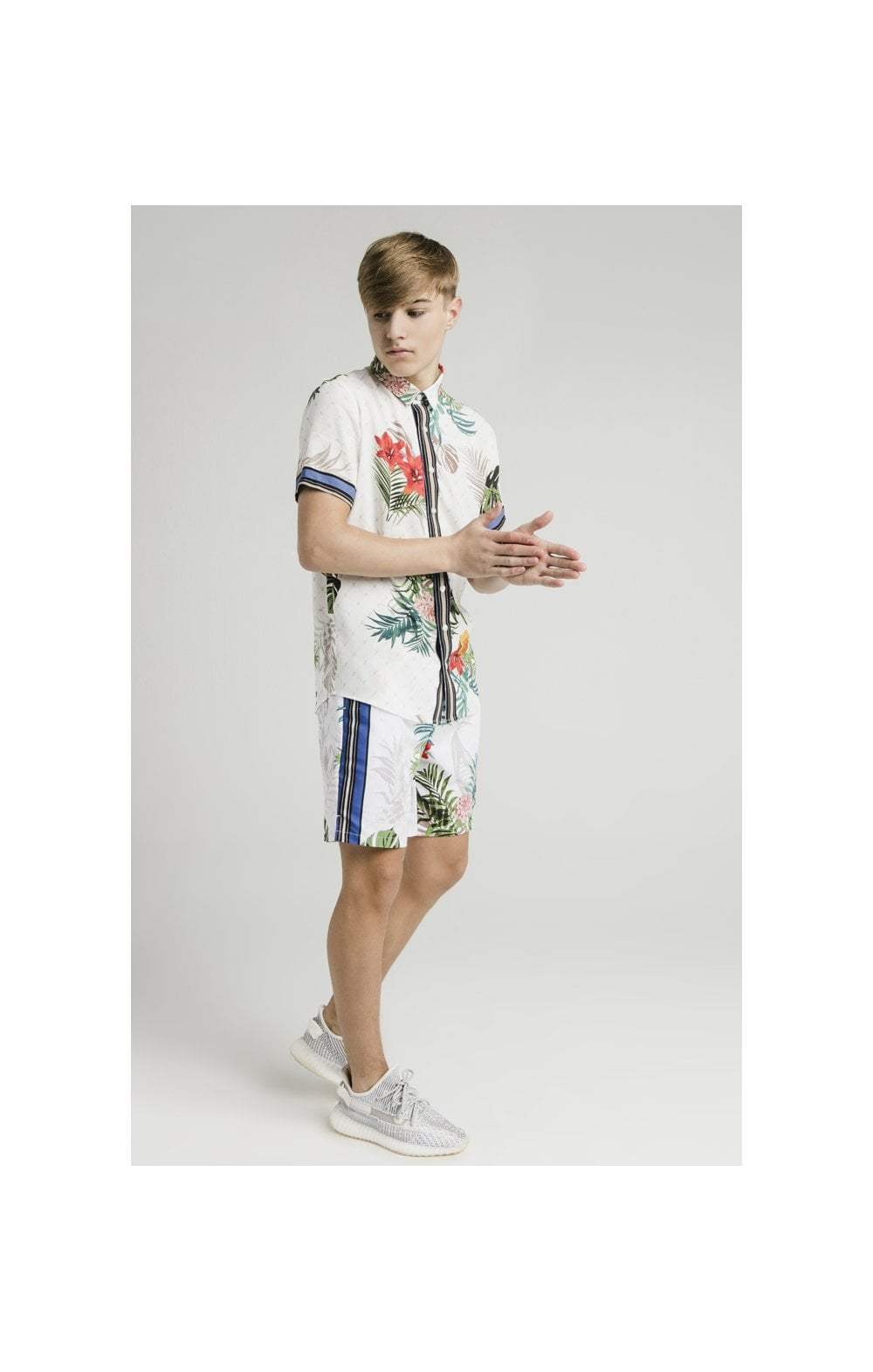 Load image into Gallery viewer, Illusive London Resort Shirt - Botanical (5)