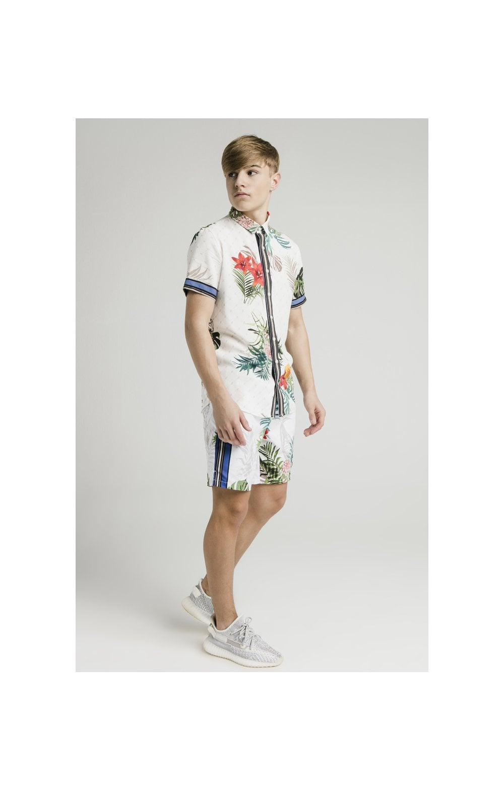 Load image into Gallery viewer, Illusive London Resort Shirt - Botanical (6)