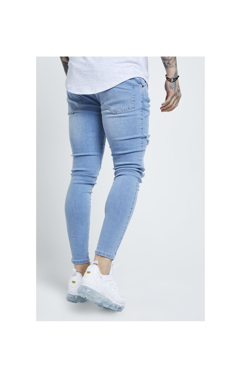 Load image into Gallery viewer, SikSilk Distressed Skinny Jeans – Light Wash (2)