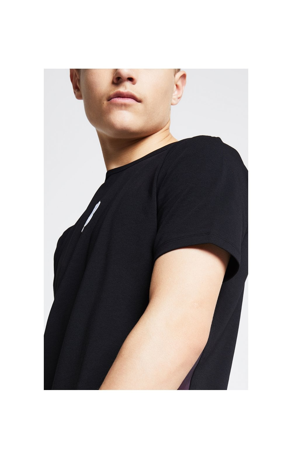 Illusive London Slide Tee - Black & Pink (1)