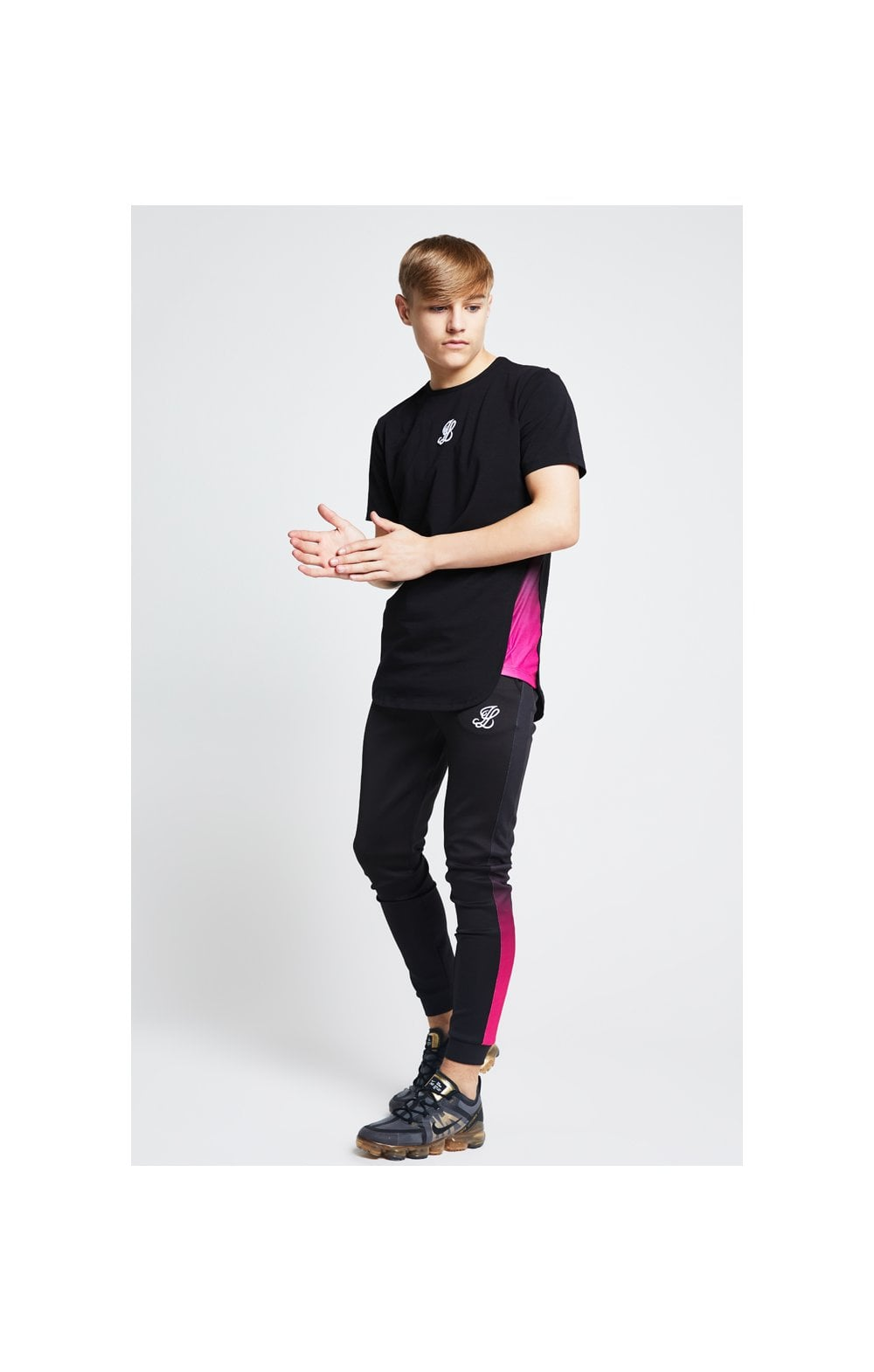 Illusive London Slide Tee - Black & Pink (2)