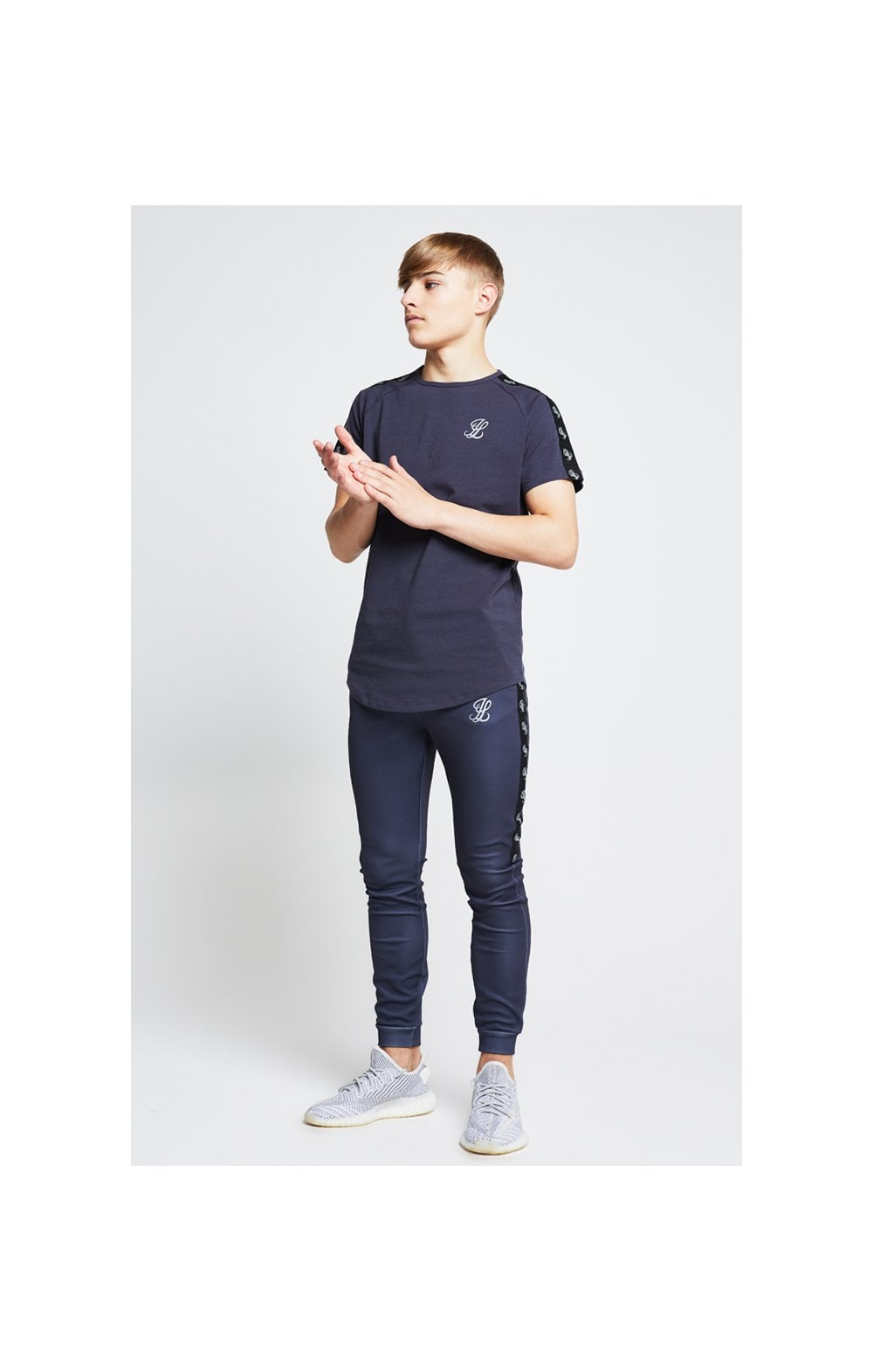Illusive London Taped Raglan Tee - Grey (3)